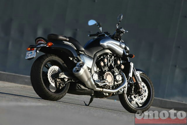 Photo de la Yamaha VMAX modèle 2009