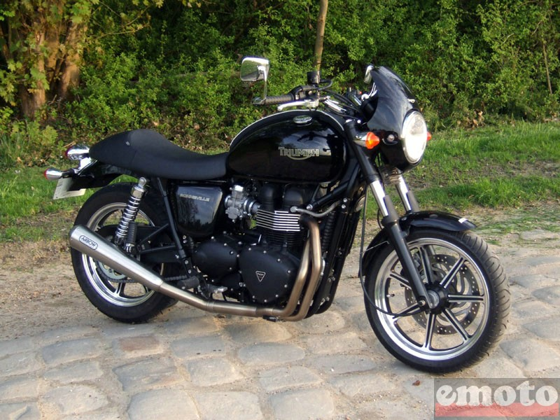 Photo de la Triumph Bonneville modèle 2009