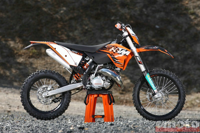 Photo de la KTM EXC 125 modèle 2010