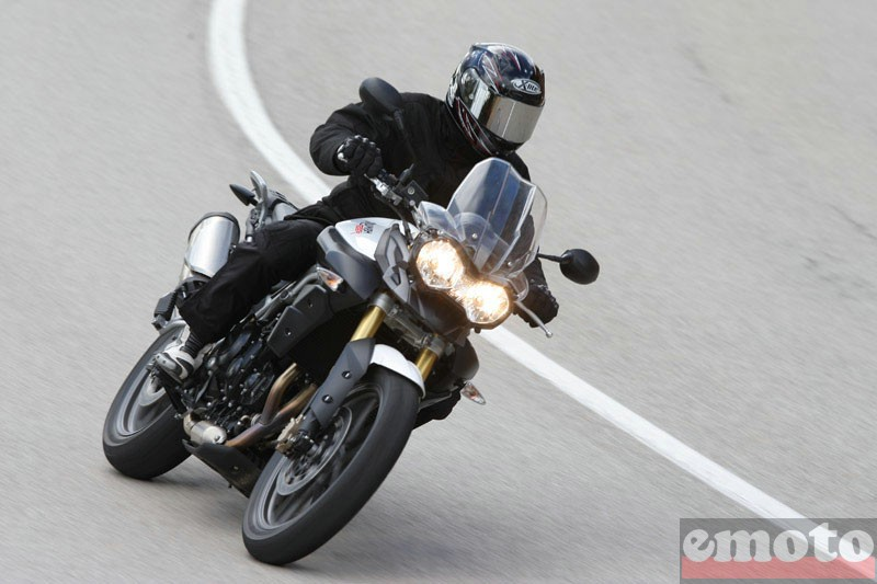 Photo de la Triumph Tiger 800 modèle 2011