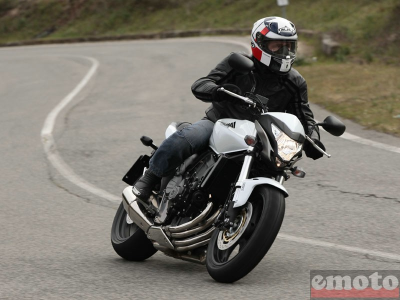 Photo de la Honda Hornet 600 modèle 2011