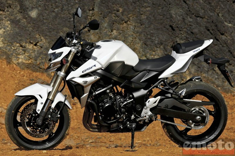 Photo de la Suzuki GSR 750 modèle 2011