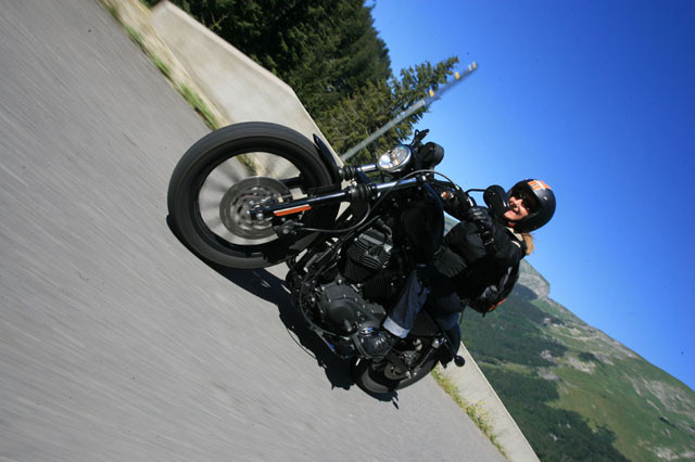 Morzine Harley Days 2011 : balade Ladies Of Harley