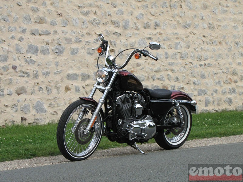 Photo de la Harley-Davidson Seventy Two modèle 2012