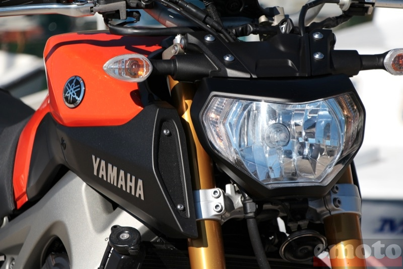 Photo de la Yamaha MT-09 modèle 2014