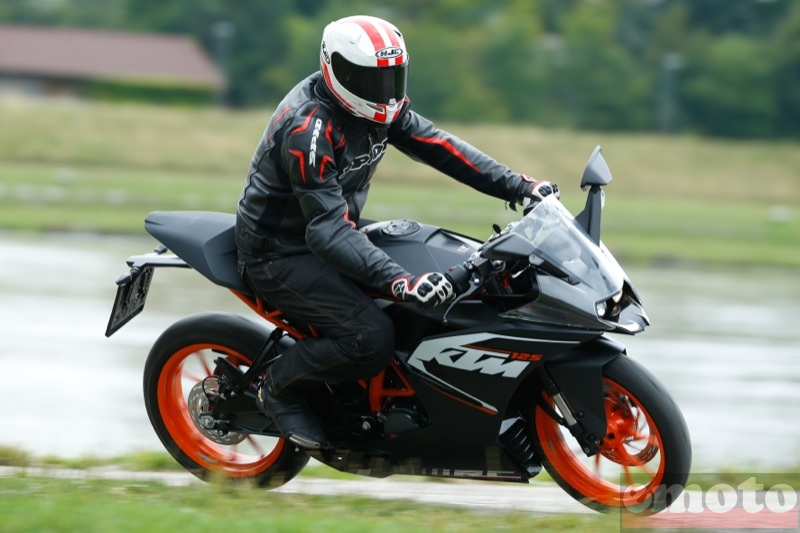 Photo de la KTM RC 125 modèle 2015