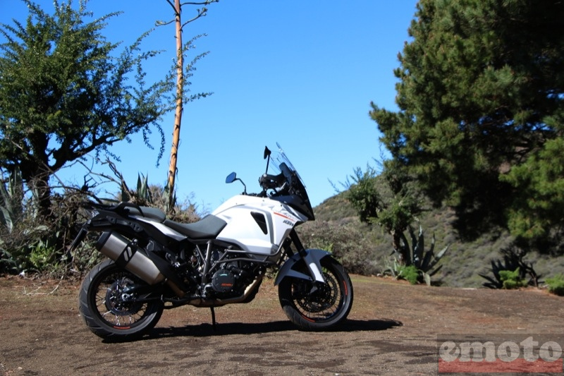 Photo de la KTM Super Adventure 1290 modèle 2015