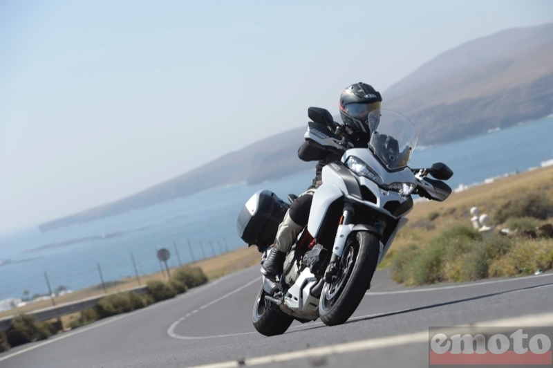 Photo de la Ducati Multistrada 1200 S DVT modèle 2015