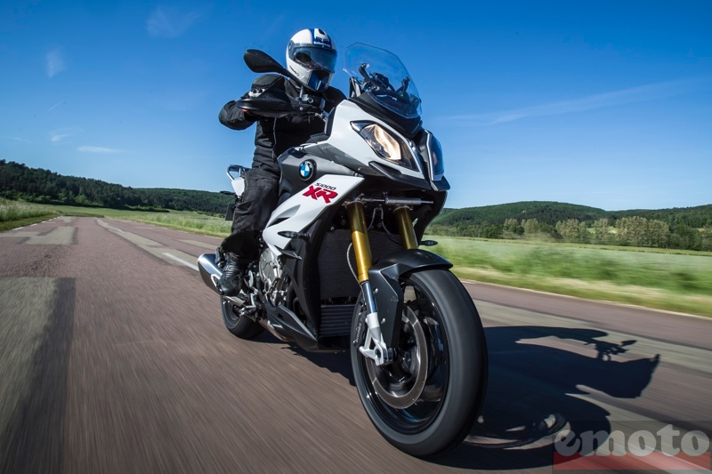 Photo de la BMW S1000XR modèle 2015