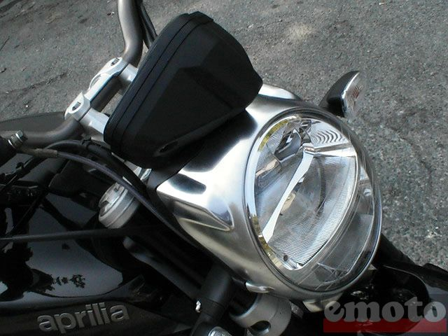 Photo de la Aprilia Mana modèle 2007