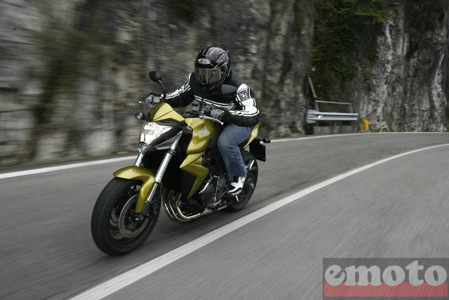 Photo de la Honda CB1000R modèle 2008