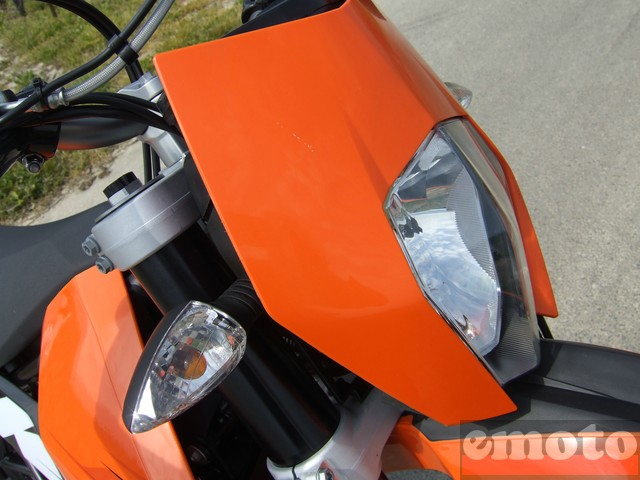 Photo de la KTM SMC 690 modèle 2008
