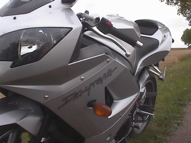 Photo de la Triumph Daytona 600 modèle 2003