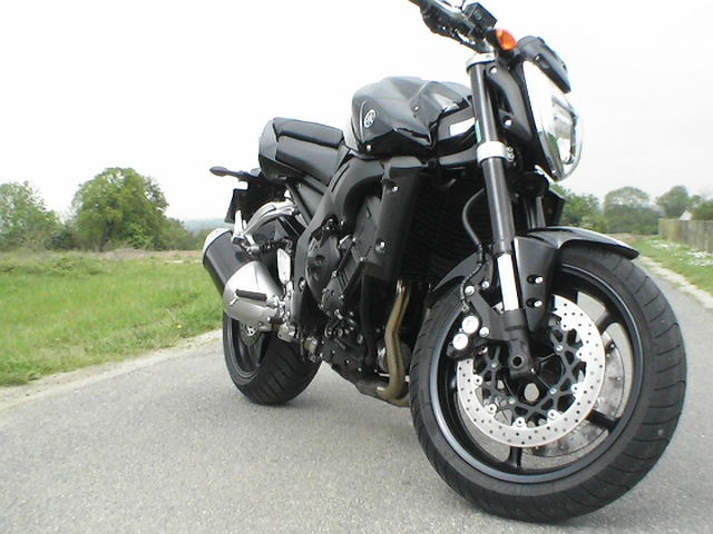 Photo de la Yamaha FZ1 modèle 2006